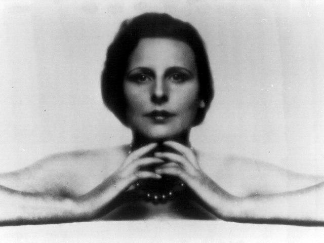 Leni Riefenstahl e Henry Kissinger visti da vicino