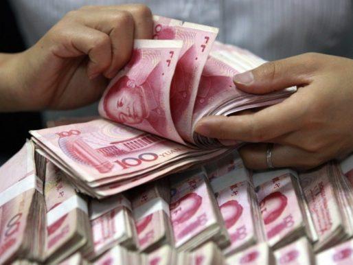 """Il governo cinese vuole ridurre il proprio debito pubblico. E per farlo non esita a colpire i giganti privati del """"made in China"""""""